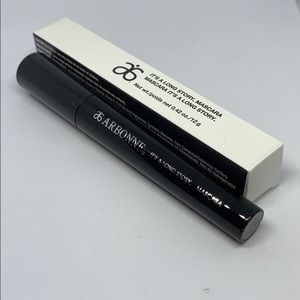 Arbonne black mascara it's a long story new in box